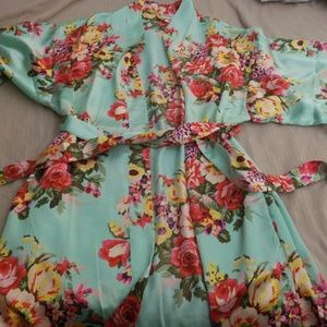XL satin robe